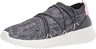 adidas Women's Ultimamotion Running Shoe