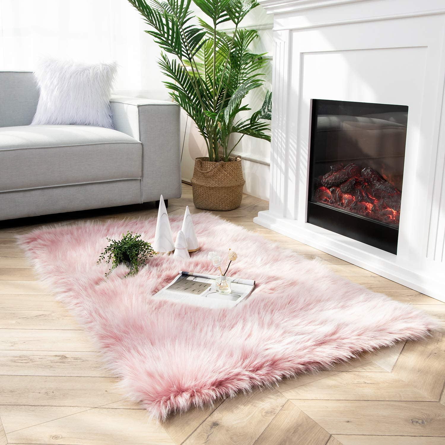 Ashler Faux Fur Rug Soft Peacock Luxurious Carp A surprise price is realized Houston Mall Fluffy Rugs