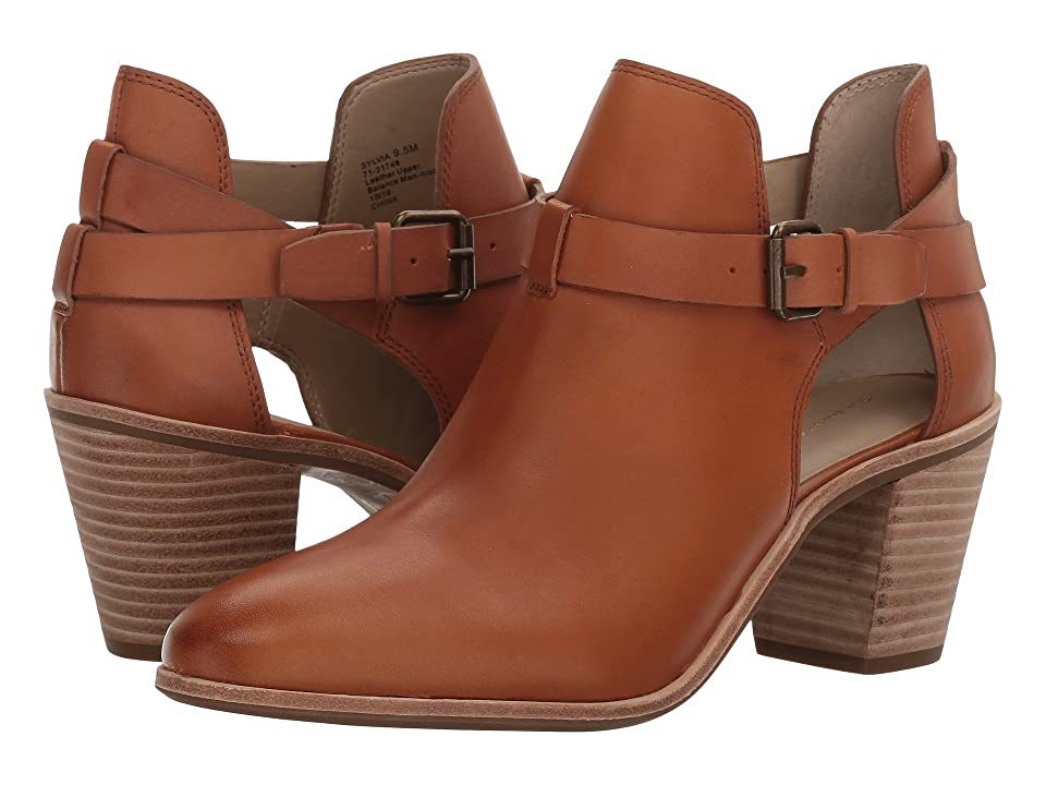 G.H. Bass & Co. Sylvia (Cognac Leather) Women
