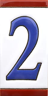 Números casa. Numeros y letras en azulejo de ceramica, pintados a mano en técnica cuerda seca para nombres, direcciones y señaléctica. Diseño USA MEDIANO 10,9 cm x 5,4 cm. (NUMERO DOS
