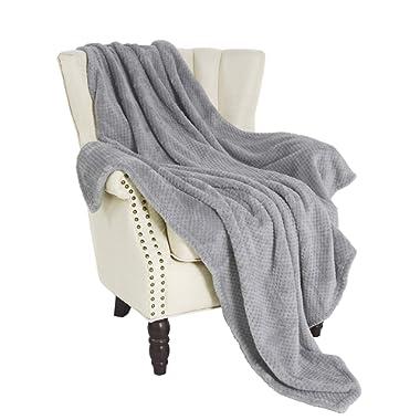 Exclusivo Mezcla Waffle Flannel Fleece Velvet Plush Large Throw Blanket – 50  x 70  (Grey)