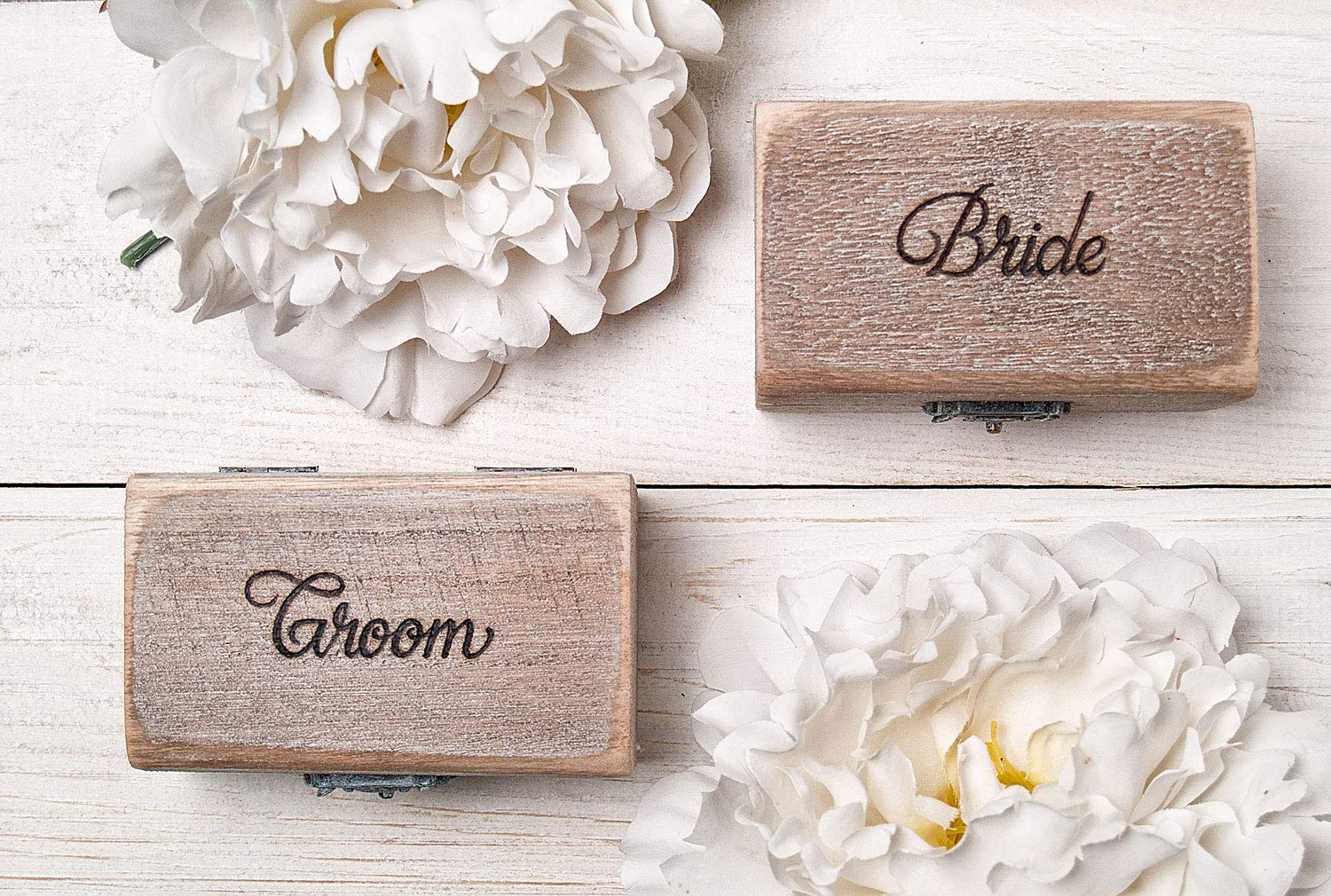 Our shop OFFers the best service Mr and Mrs Save money Ring Box Pillow Hol Engraved Set Wedding Rustic