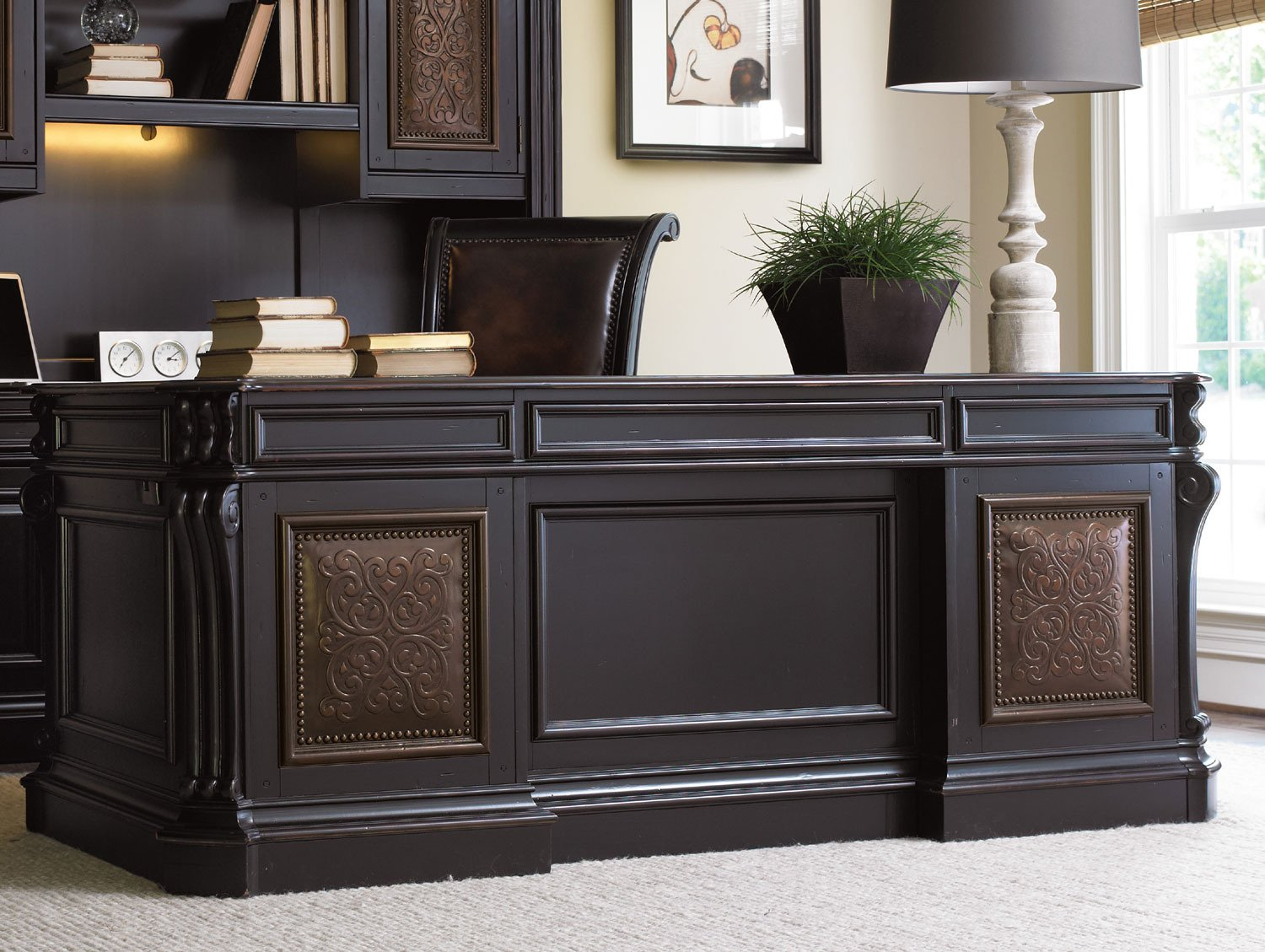 """Hooker Furniture Telluride 43"""" Executive Desk with Leather Top"""