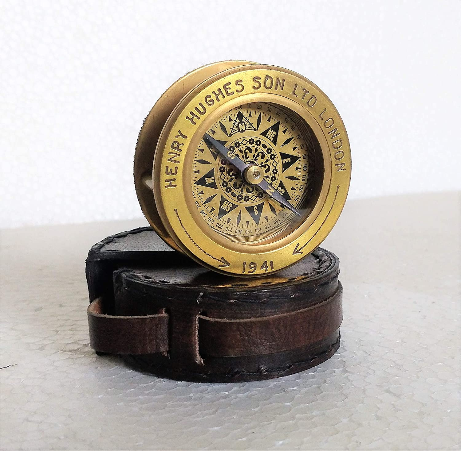 Decor Hunt Brass Henry Hughes New life Compass Glas Super sale Along with Magnifying