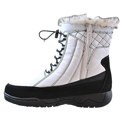 a8c5a888a0f Wide Width Women s White Boots  Amazon.com