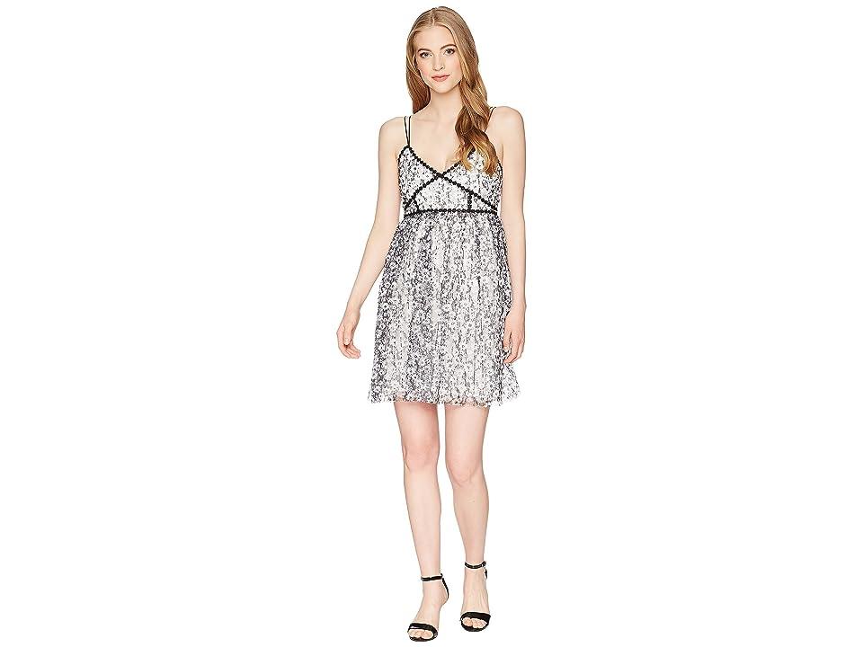 ROMEO & JULIET COUTURE Floral Lace Midi Dress (White/Black) Women