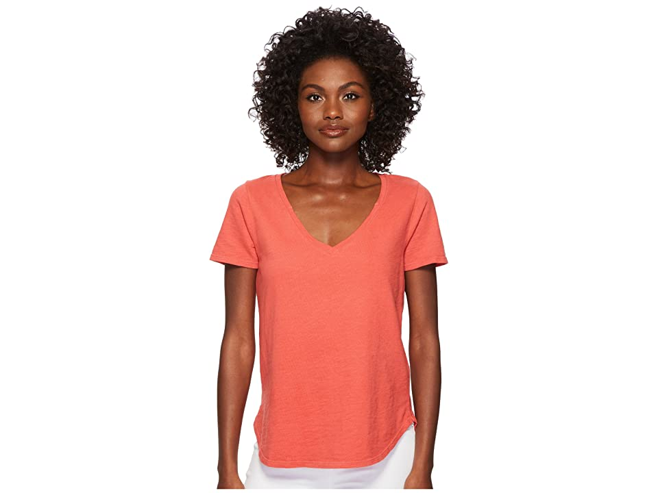Three Dots Sueded Slub Knit V-Neck Tee (Lady Apple) Women
