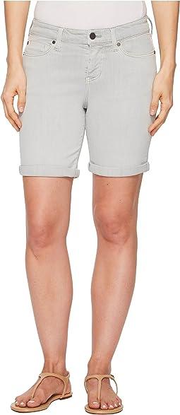 Corine Walking Rolled Shorts in Slub Stretch Twill in Fossil Grey