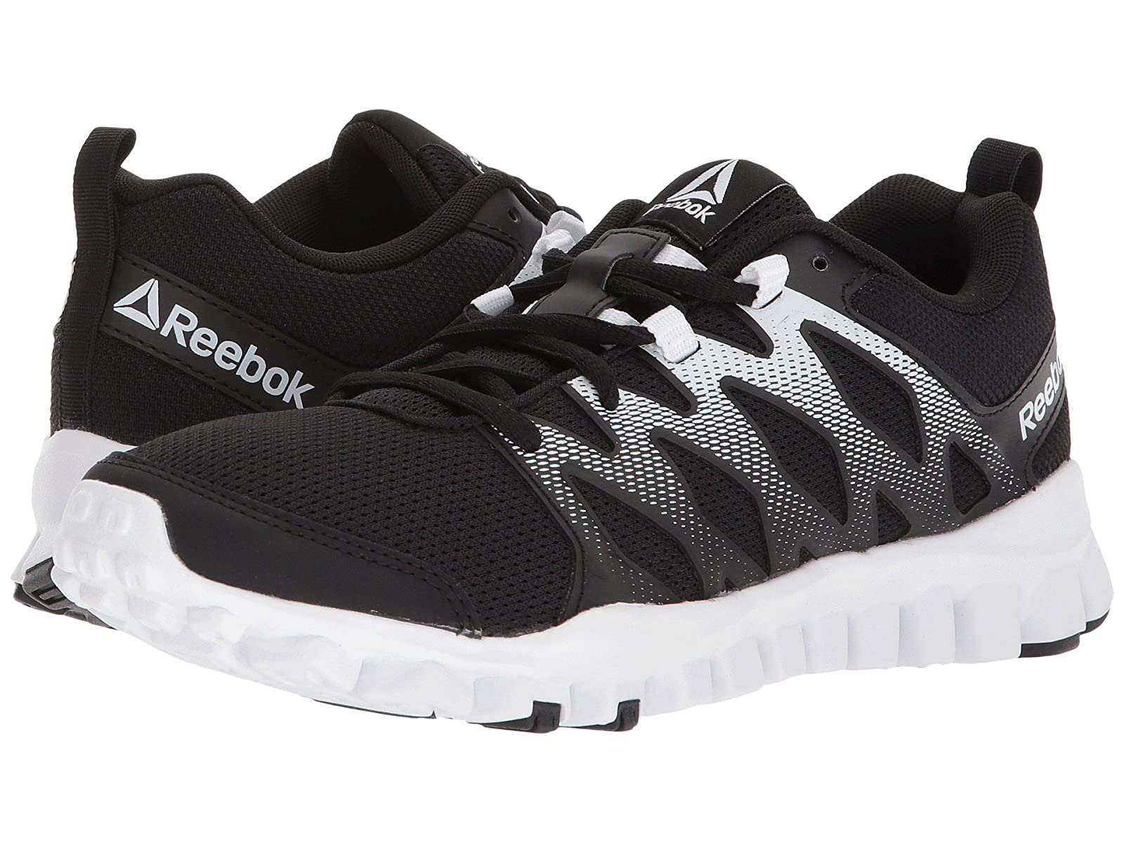 Reebok RealFlex Train 4.0Cheap and distinctive eye-catching shoes