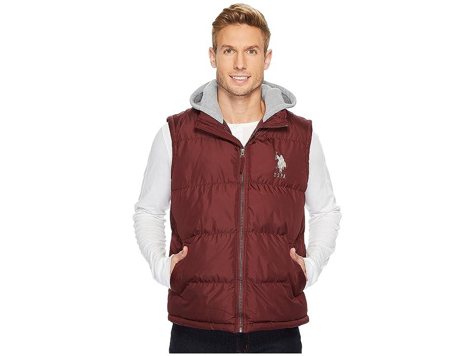 U.S. POLO ASSN. Basic Puffer Vest with Fleece Hood (East Burgundy) Men