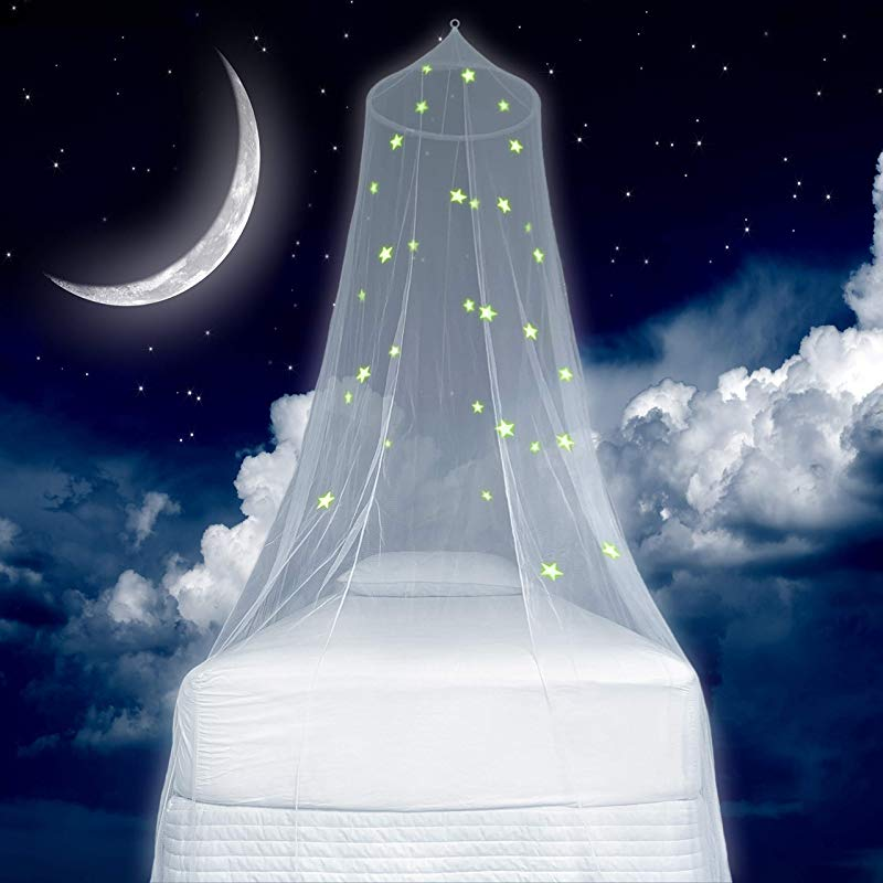 Zeke And Zoey Kids Hanging Bed Canopy For Girls Bed Or Boys With Glow In The Dark Stars The Bed Netting Stars Will Light Up Your Child S Own Galaxy Ideal Bedroom Decorative Tent
