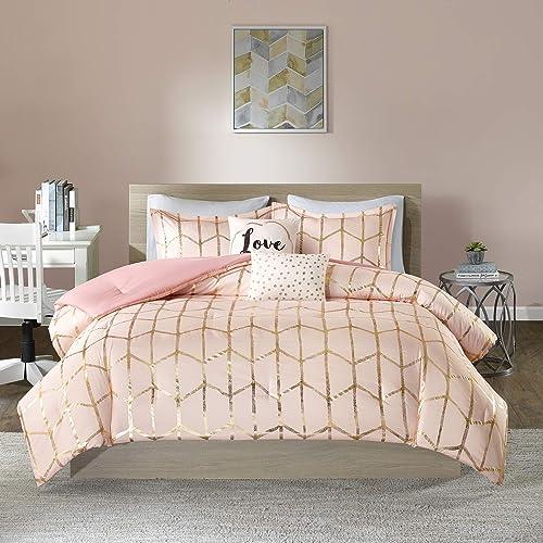 Intelligent Design Raina Comforter Set Metallic Print Geometric Design, Modern Trendy All Season Bedding Set, Matchin...