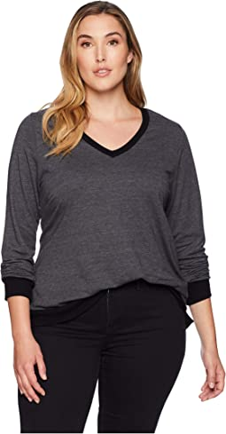 Plus Size Contrast V-Neck Top