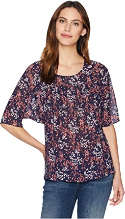 Scattered Blooms Top