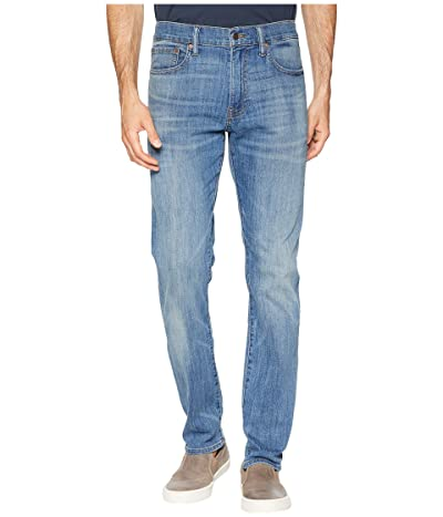 Lucky Brand 410 Athletic Fit Jeans in Fenwick (Fenwick) Men