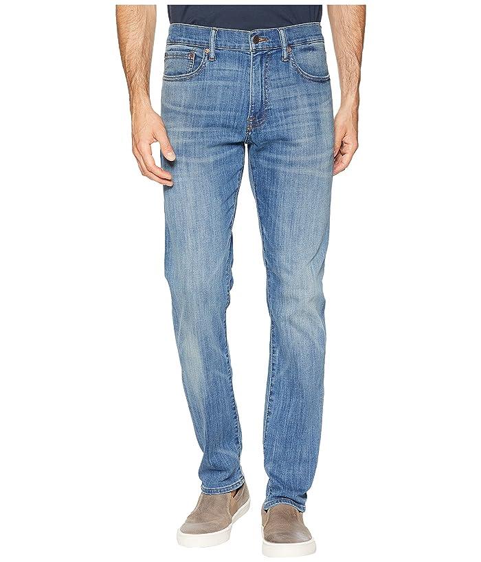Lucky Brand  410 Athletic Fit Jeans in Fenwick (Fenwick) Mens Jeans