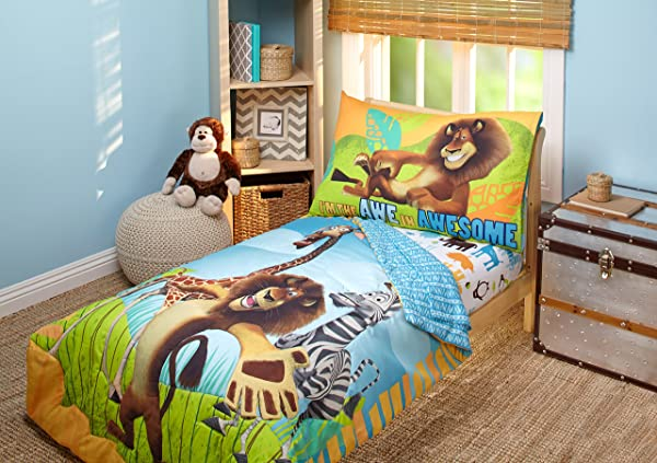 Disney DreamWorks Animation Madagascar Behold My Mane 4 Piece Toddler Bedding Set Toddler