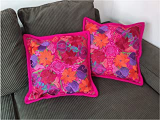*2 COJINES DECORATIVOS*, Estilo Zinacantán-, Chiapas. Medidas 48 x 48 cm. Color Rosa Mexicano. Hecho en México.