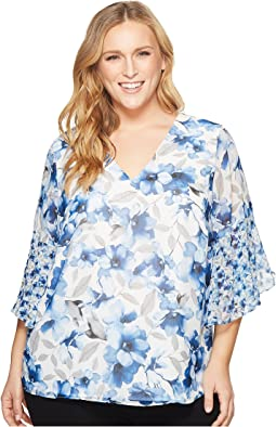 Plus Size Short Sleeve V-Neck with Flare Sleeve Blouse