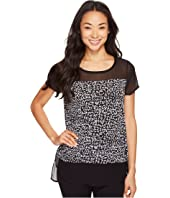 Vince Camuto - Short Sleeve Fluttering Notes Mix Media Top