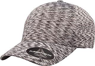 قبعة Flexfit Delta Unipanel جاهزة من Flexfit