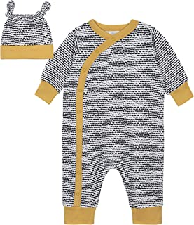 and Cap Set Footed Pant Gerber Baby 3-Piece Shirt B/&W Nature