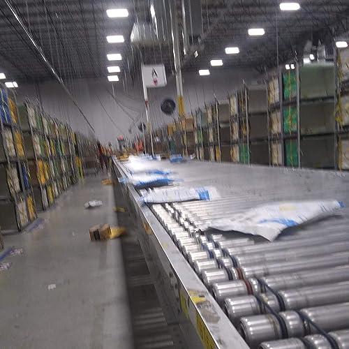 Amazon warehouse pictures robot line
