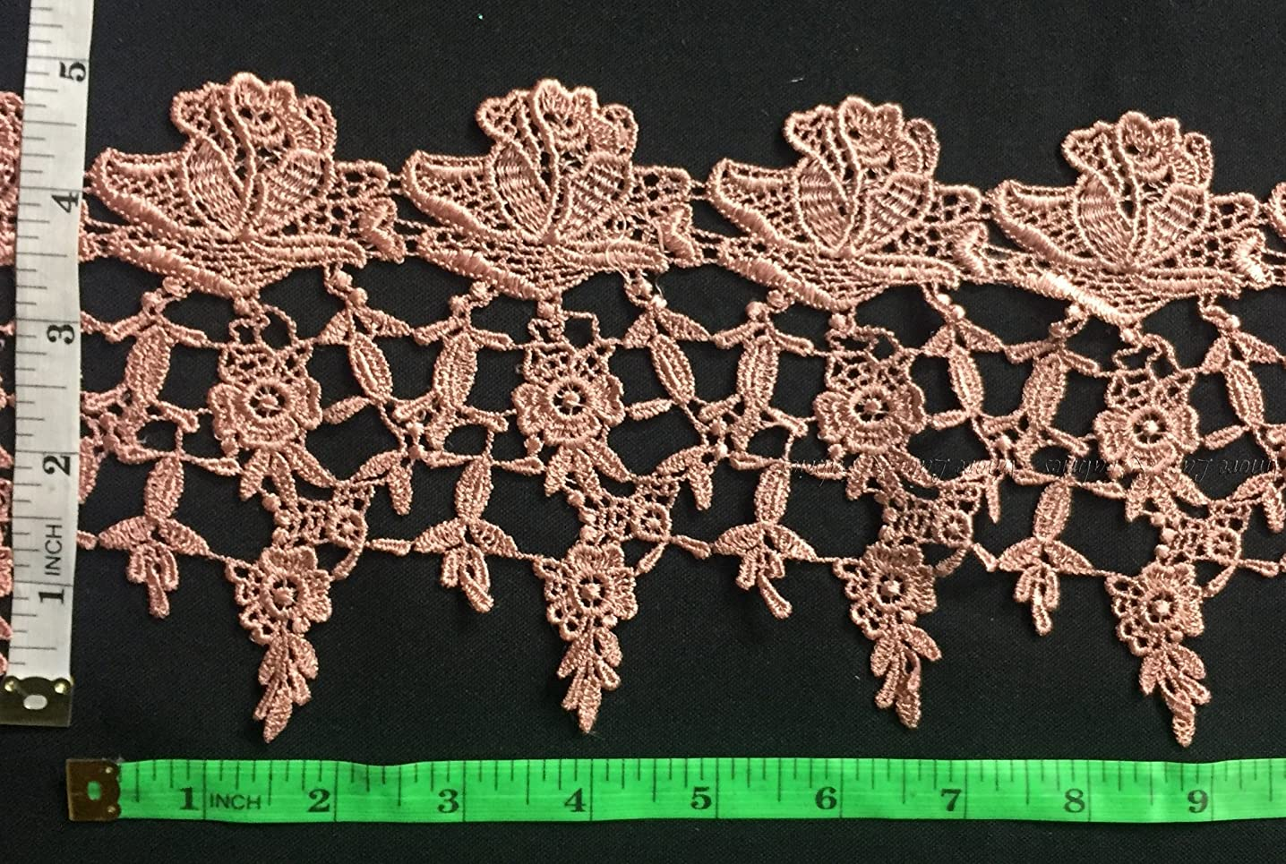 Lace Trim Classic Rose Garden Design, 5