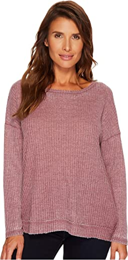 Long Sleeve Honeycomb Top w/ Overlayed Back Detail