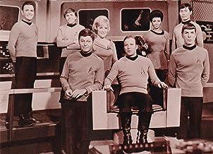 Vintage Star Trek Bridge Crew Photo Postcard 1991 FC-127-50 VF Condition