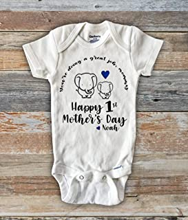 69623df5 You're doing a great job mommy Happy first Mother's Day best mom onesie  personalized
