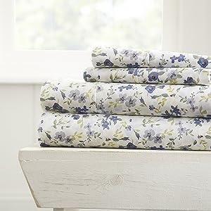 Linen Market 4 Piece Patterned Sheet Set, Queen, Blossoms Light Blue