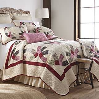 King Bedding Set - 3 Piece - Deidre Wedding Ring by Donna Sharp - Contemporary Quilt Set with King Quilt and Two Standard Pillow Shams - Machine Washable