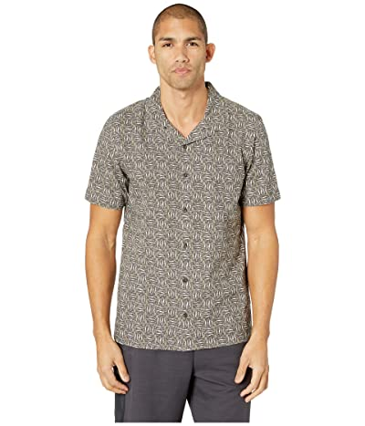 Toad&Co Harbour Short Sleeve Shirt (Falcon Brown Fish Print) Men