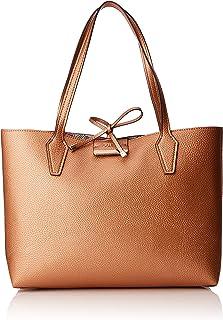 86b13362422a Amazon.com  GUESS - Totes   Handbags   Wallets  Clothing