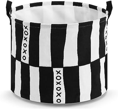 DEMDACO XOXO - Cesto de lavandería plegable de lona pequeña y redonda, color blanco y negro