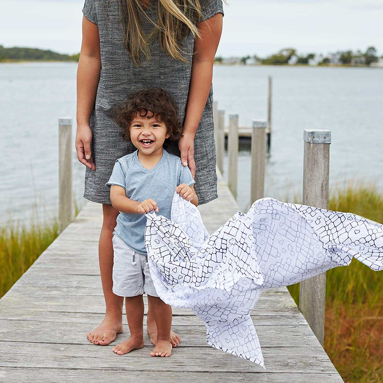 aden + anais Set de 4 Maxi-Langes Grand Format en Mousseline de Coton Rising Star Gone Fishing