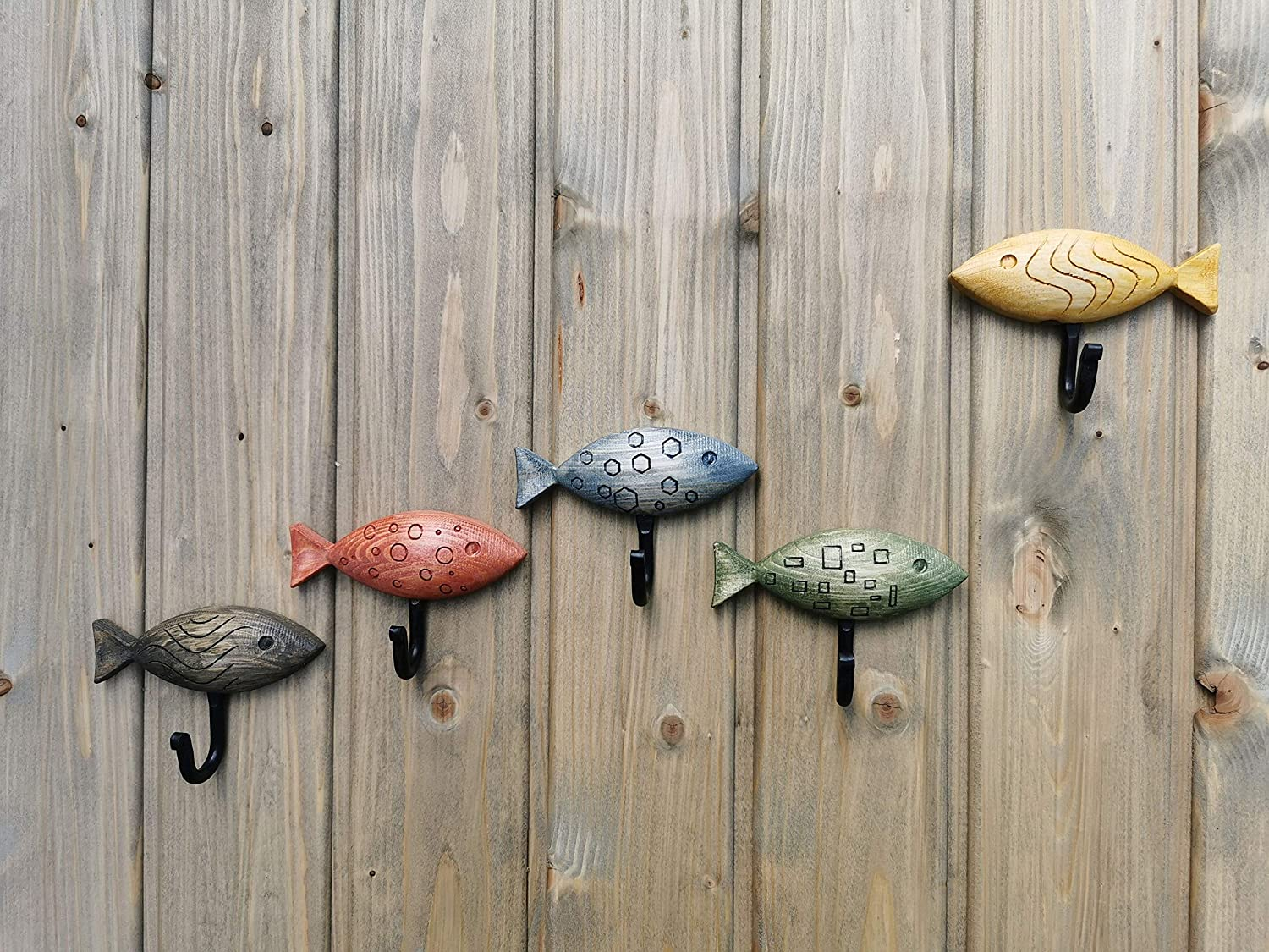 Set of 5 handmade wooden hooks Fish colors Superlatite Inexpensive different Funky in