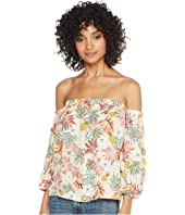ROMEO & JULIET COUTURE Off the Shoulder Print Blouse