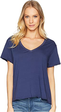 Ultra Jersey Cropped V-Neck Tee