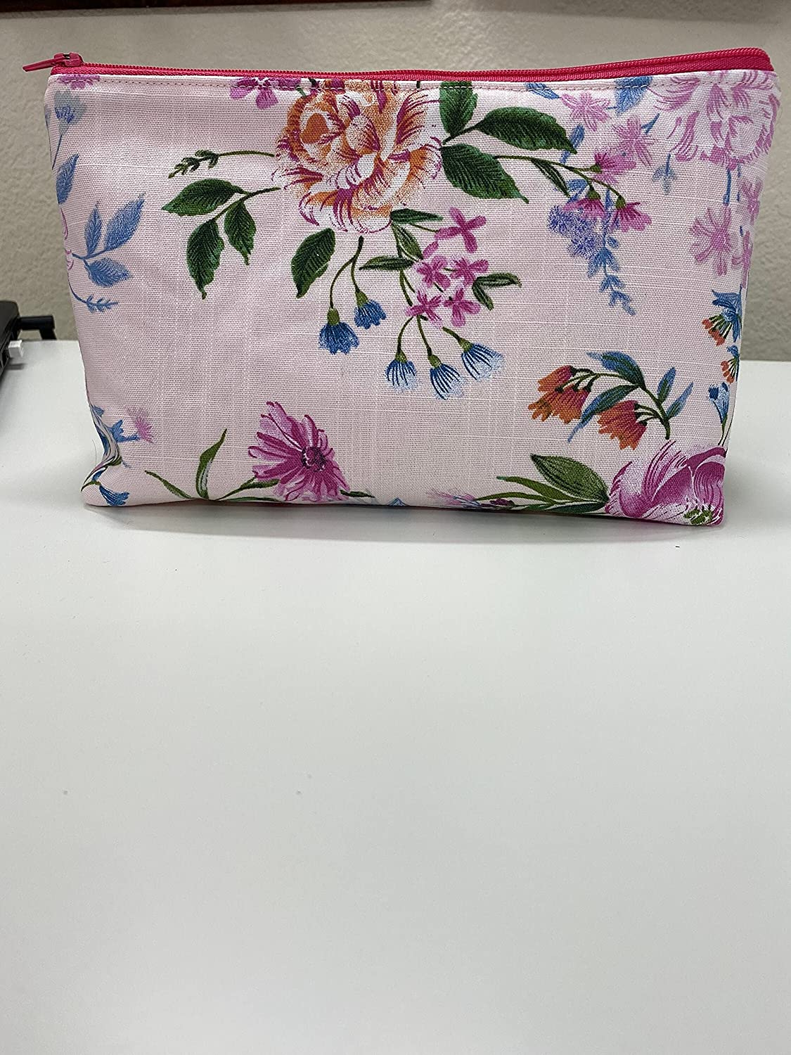 Pink Floral Indefinitely Make up Pencil Up Cosmetic Virginia Beach Mall Bag