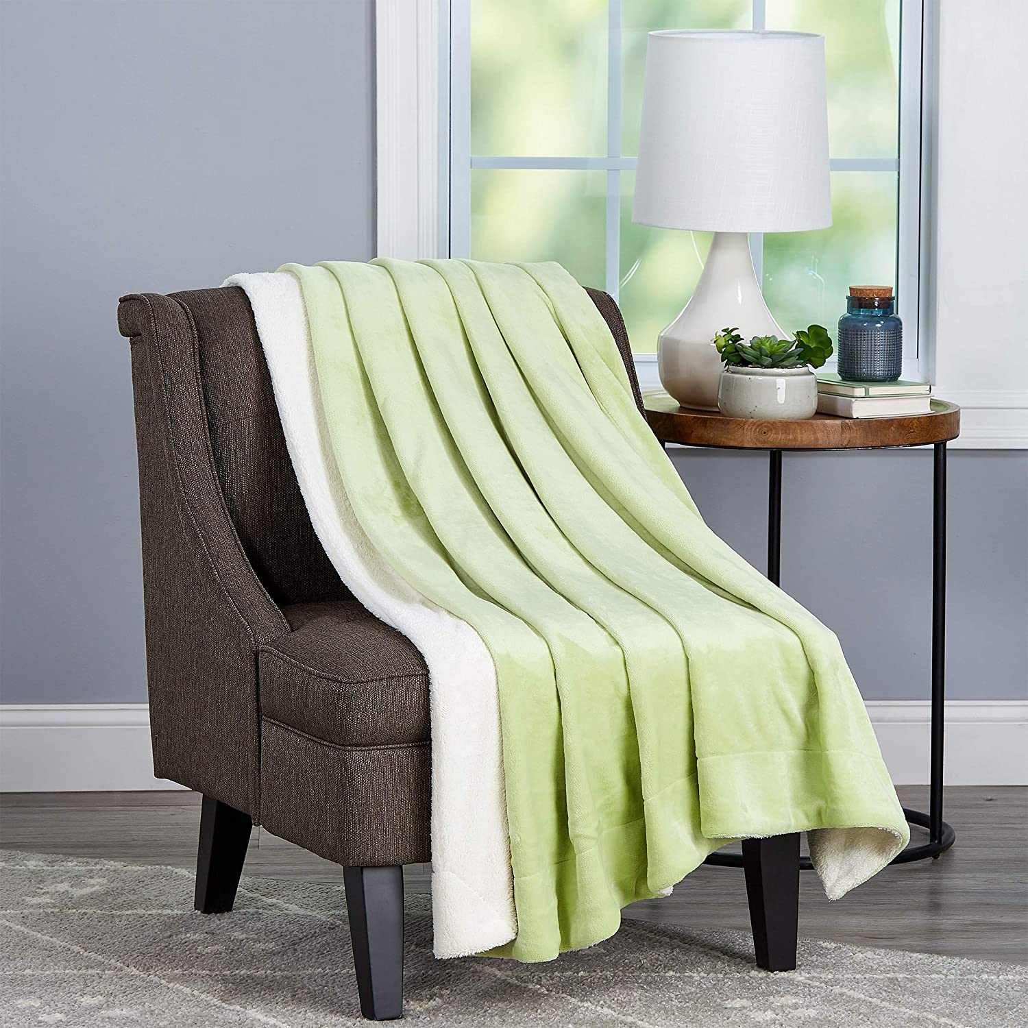 """Bedford Home Aloe Green and White Poly Oversized Plush Woven Polyester Sherpa Fleece Solid Color Throw – Breathable and Machine Washable, 70"""" L x 60"""" W"""