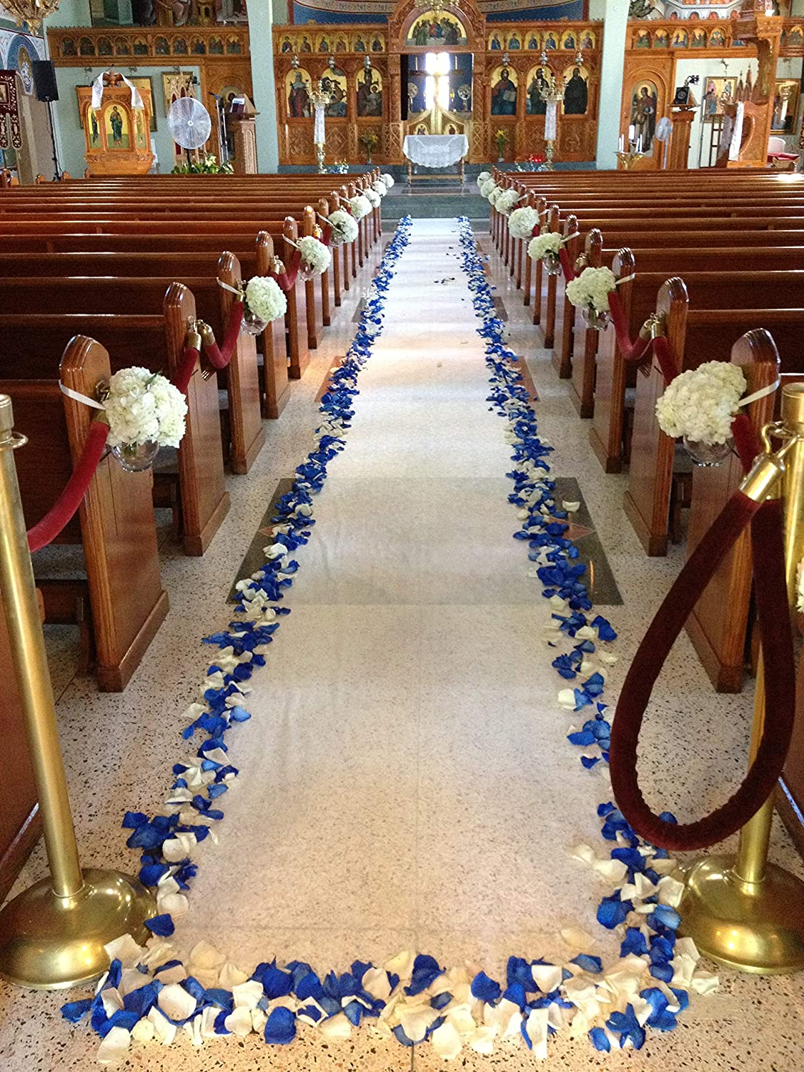 Supply Flora Wedding Aisle Runner 50ft x 3ft All Season Indoor Outdoor White Floral Print with Pull String and Double Sided Tape Adhesive Strip Church Ceremony Pew Decoration
