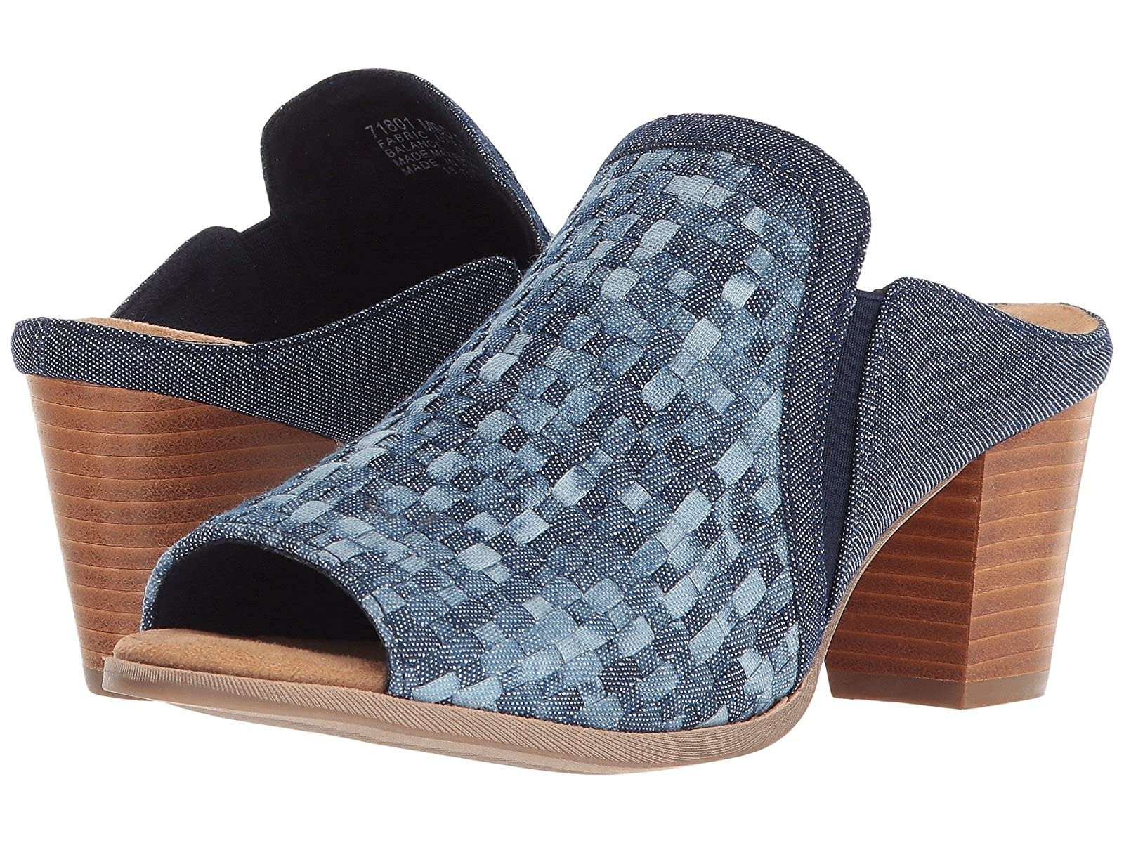 Minnetonka MonaAtmospheric grades have affordable shoes