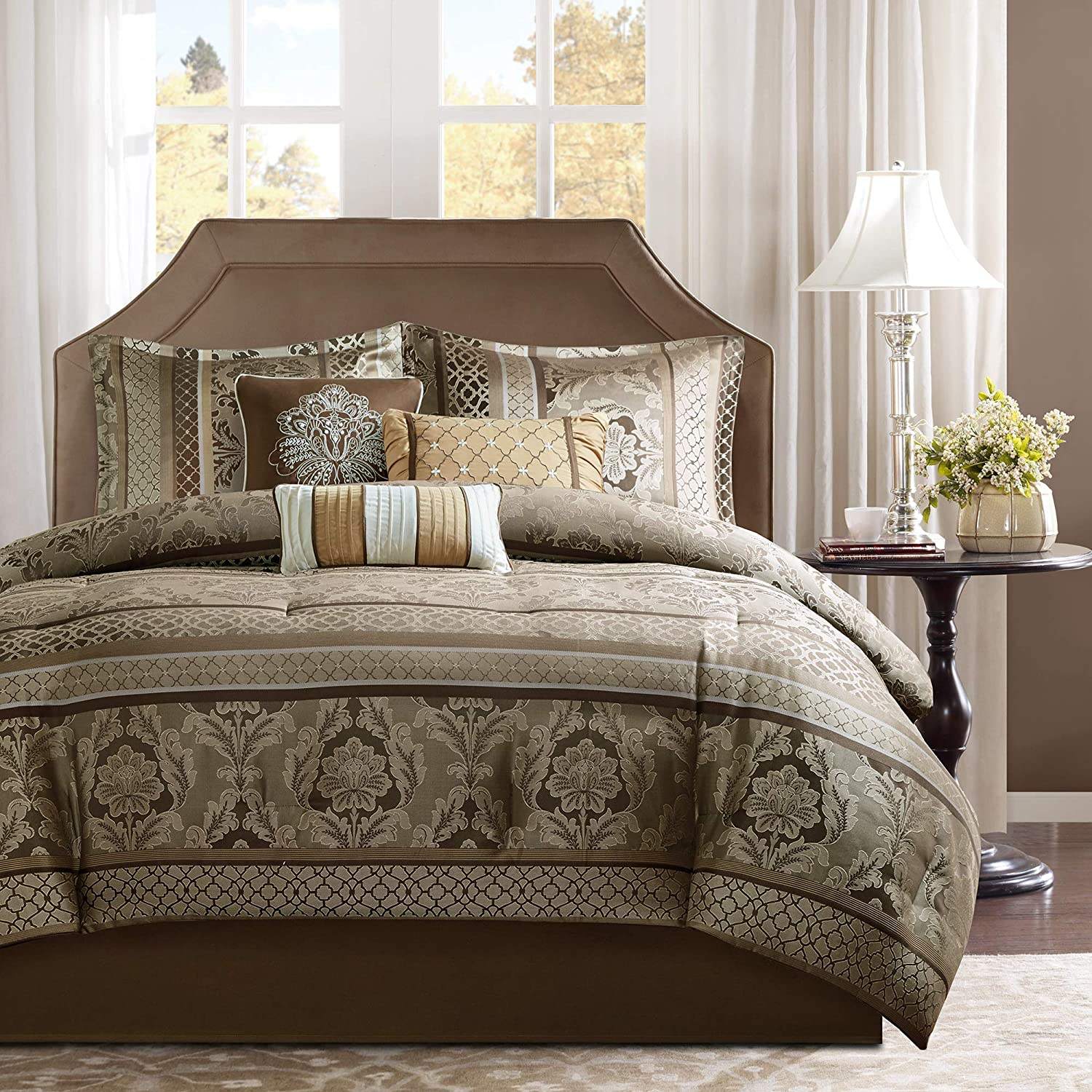 """Madison Park Cozy Comforter Set-Luxurious Jaquard Traditional Damask Design All Season Down Alternative Bedding with Matching Shams, Decorative Pillow, Queen(90""""x90""""), Brown/Gold 7 Piece"""