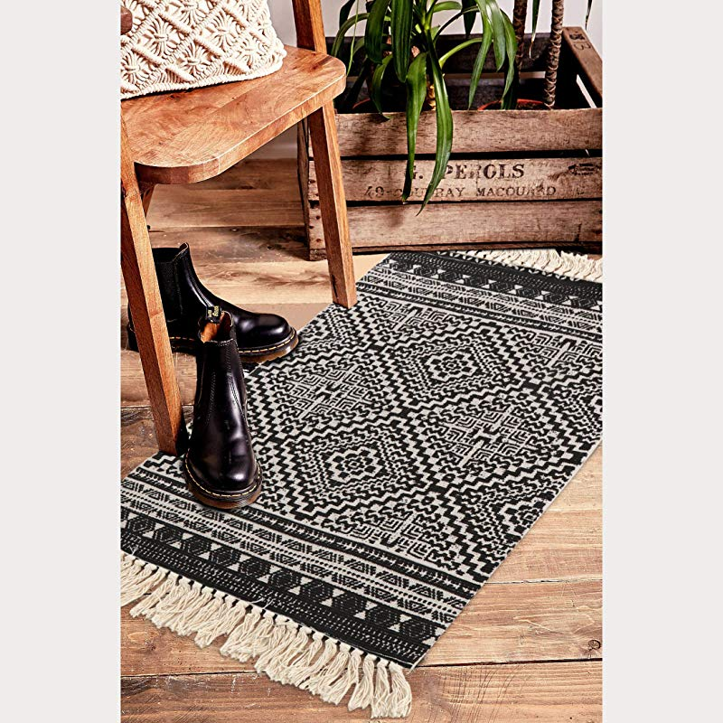 Seavish Cotton Printed Rug 2 W X 3 L Decorative Black And White Diamond Symmetry Kilim Mall Area Rug Hand Woven Rug For Entryway Thin Throw Rugs With Non Slip Pad For Laundry Living Room Dorm
