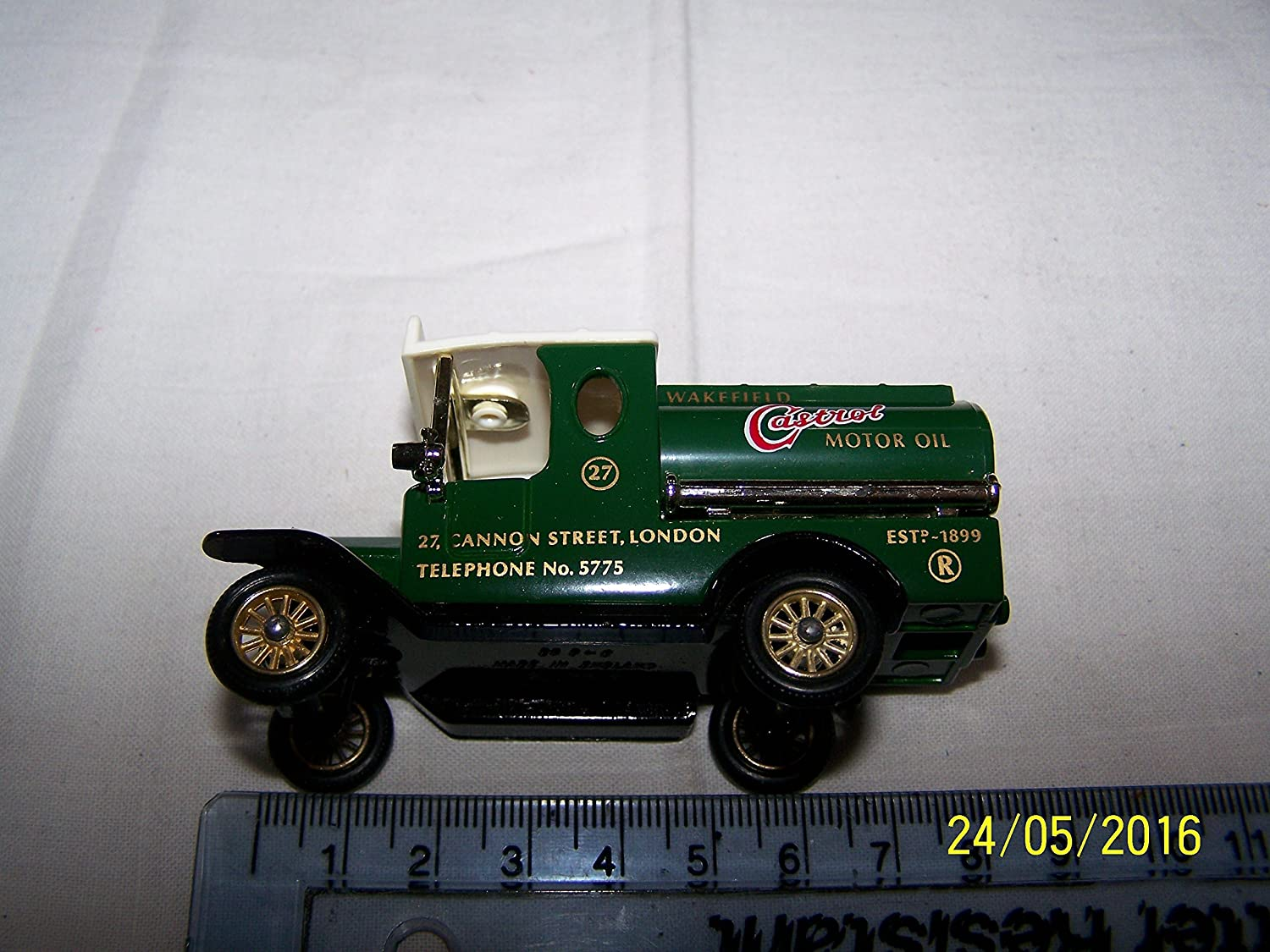 Models of Yesteryear 1912 Model T Ford tanker Castrol by Matchbox
