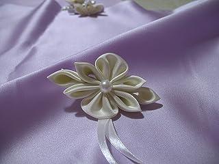 Fermaglio con decoro floreale kanzashi per Prima Comunione