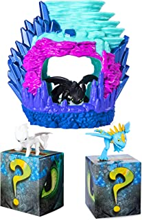 Dreamworks Dragons Toothless Hidden World Playset with Mystery Dragon 2-Pack (Stormfly, Light Fury)