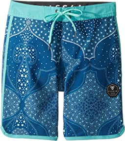 VISSLA Kids - Bohemia Coast Four-Way Stretch Boardshorts 17